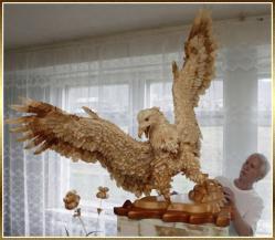 aigle-sergei-bobkov-sculpture-copeaux-de-bois.jpg