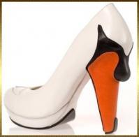 chaussure-cygne-kobi-levi.jpg