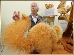 sergei-bobkov-sculpture-animaux-copeaux-de-bois.jpg